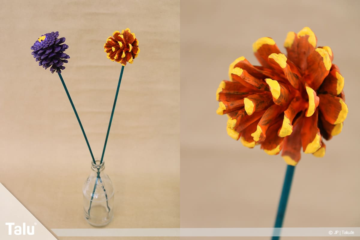 Basteln mit Tannenzapfen, kreative Ideen, fertig gebastelte Tannenzapfen-Blumen