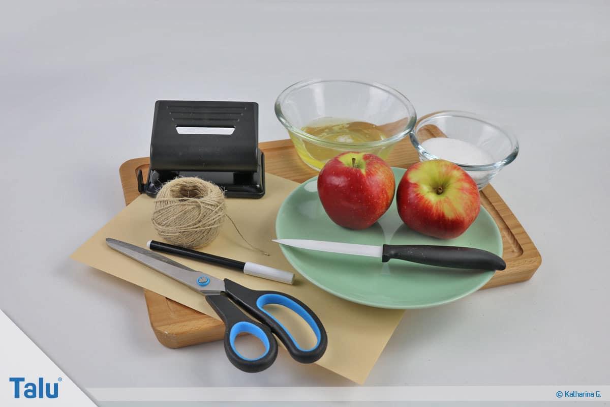 Herbst-Tischdeko selber machen, Äpfel mit Frosteffekt fertigen