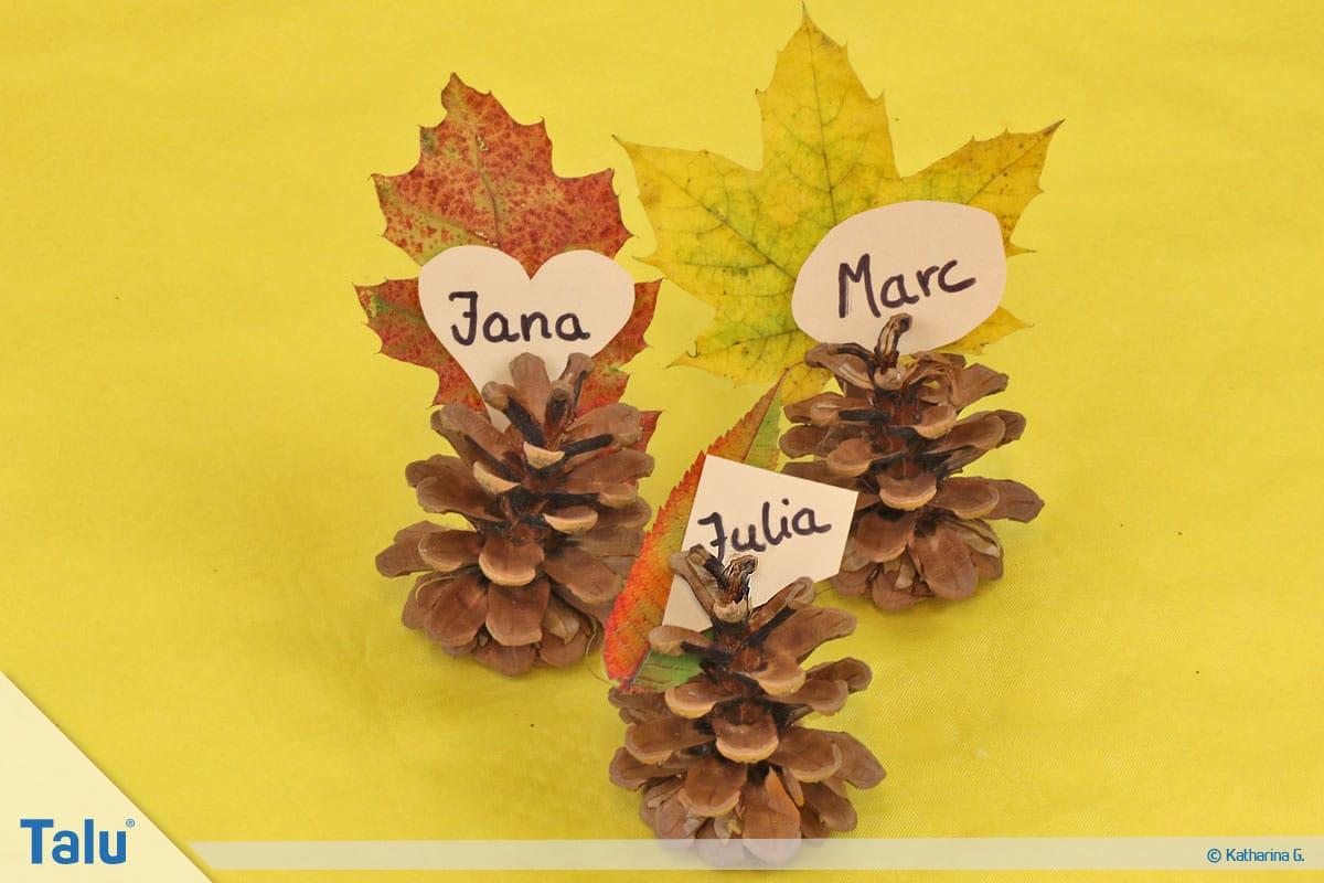 Herbst-Tischdeko selber machen, herbstliche Platzkarten mit Namensschildern