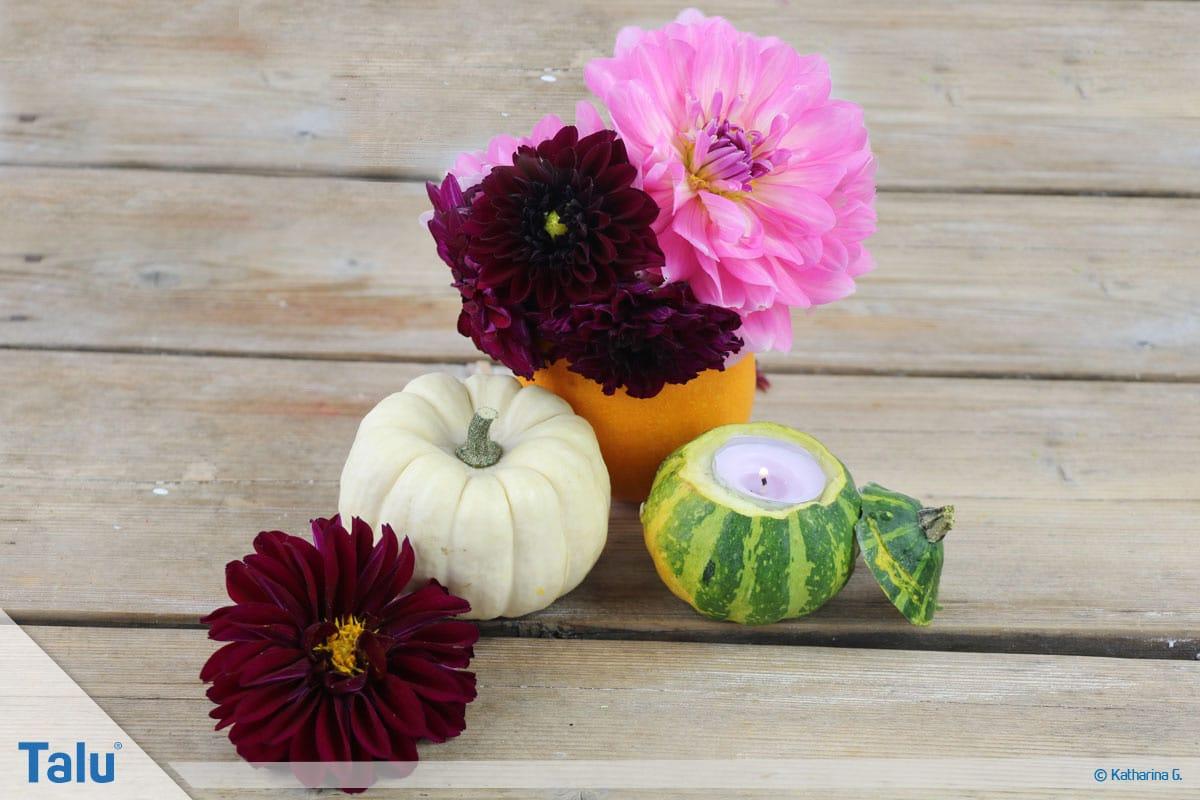 Herbst-Tischdeko selber machen, Kürbis-Teelichthalter