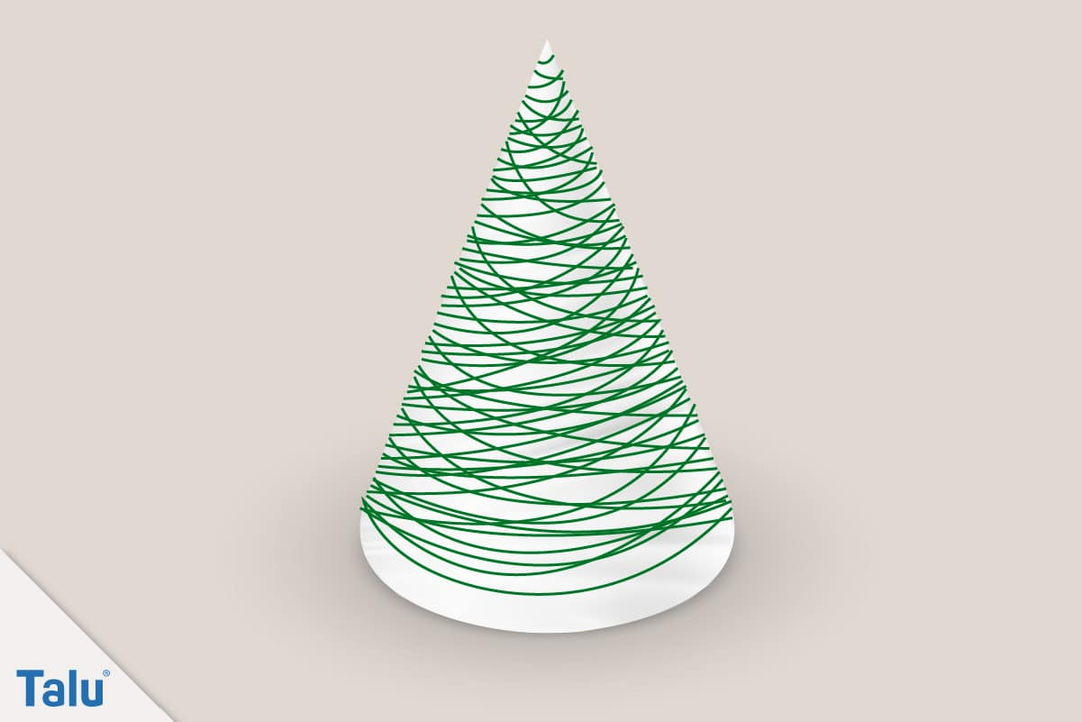 Adventsdeko basteln, Ideen für die Adventsdekoration, Mini-Weihnachtsbaum mit Garn umwickeln