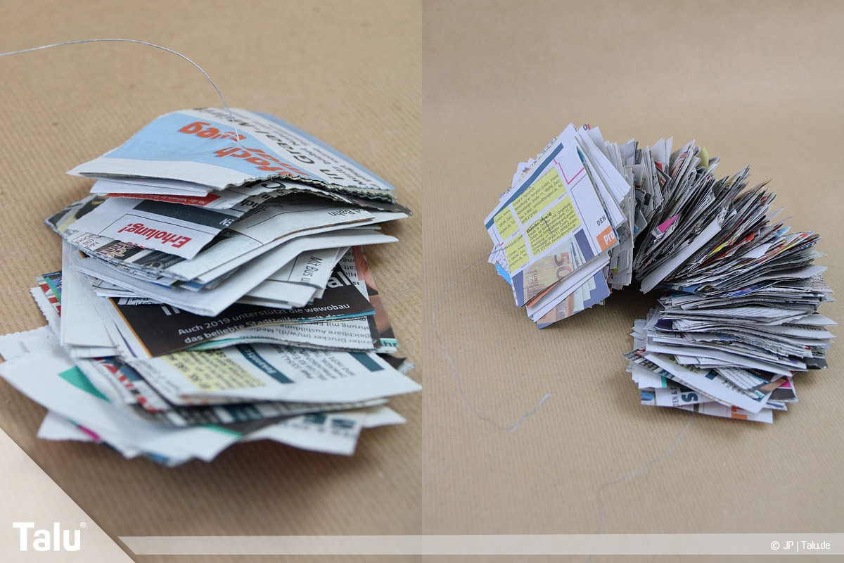 Basteln mit Papier an Weihnachten, Ideen, Zeitungspapierstücke auf Basteldraht auffädeln