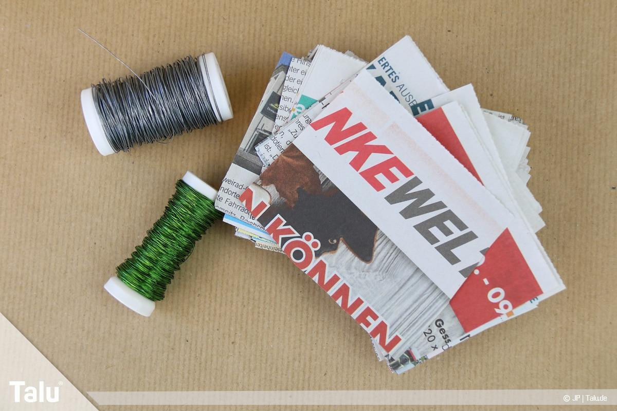 Basteln mit Papier an Weihnachten, Ideen, Zeitungspapier und Basteldraht