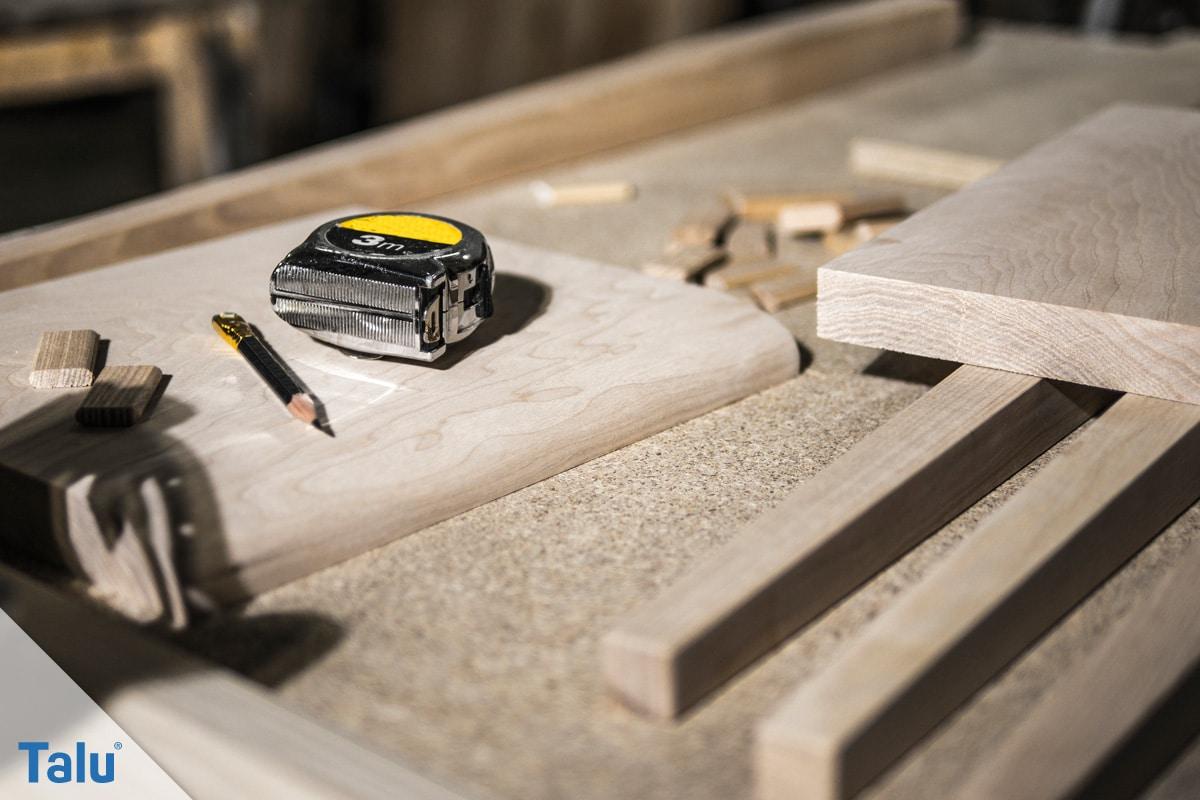 Laubsägearbeiten, Grundlagen und Vorlagen, Holz in verschiedenen Stärken verwenden