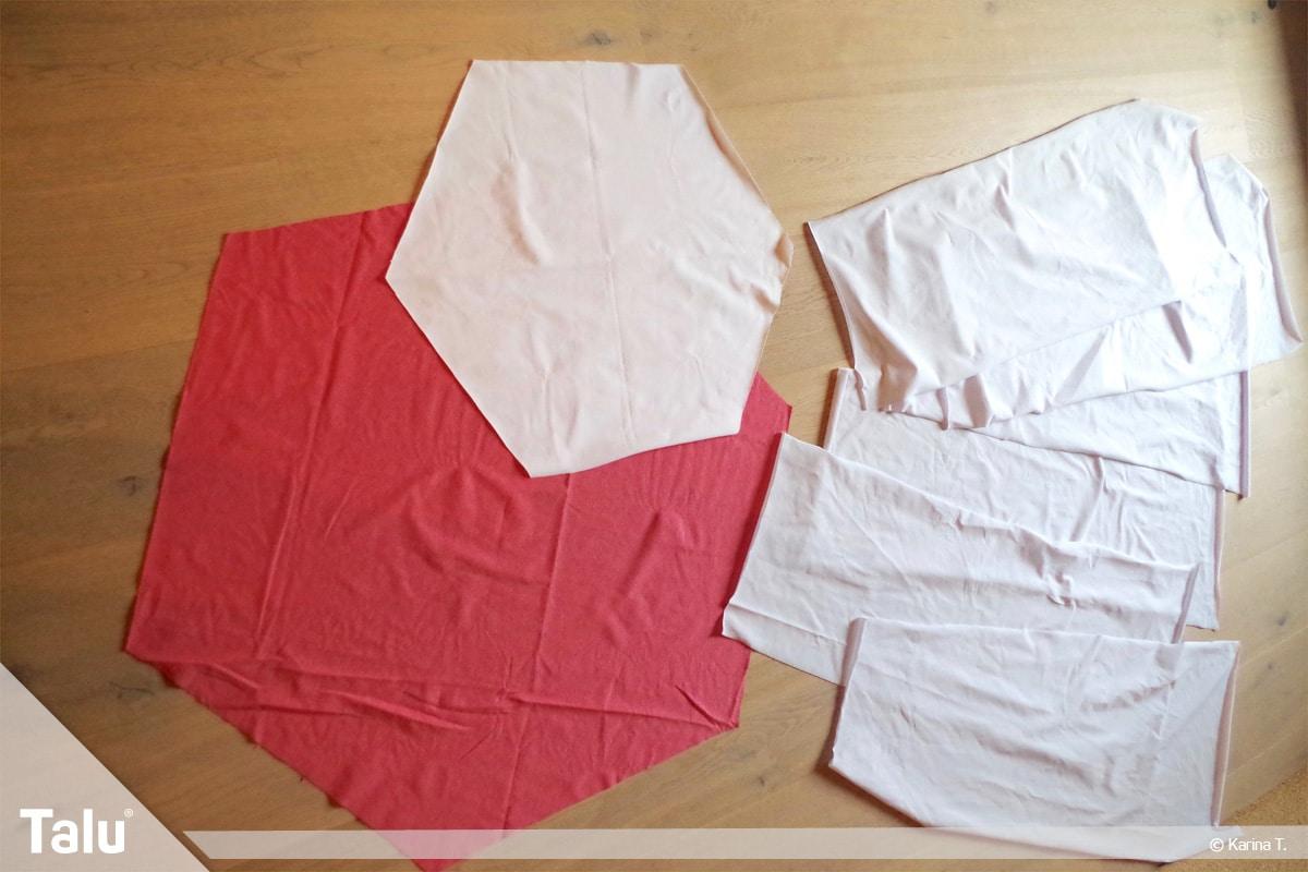 Sitzsack selber machen, Anleitung, zugeschnittene Stoffstücke