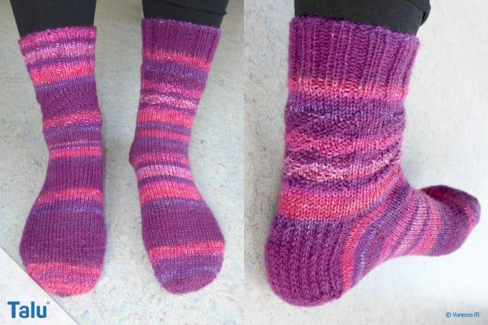Socken stricken mit Rundstricknadel, kostenlose DIY-Anleitung