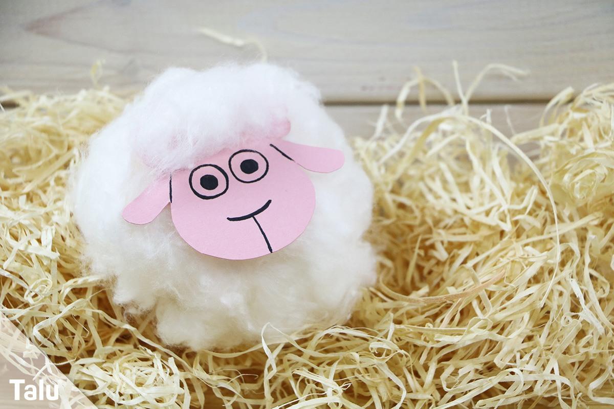 Schaf mit Kindern basteln
