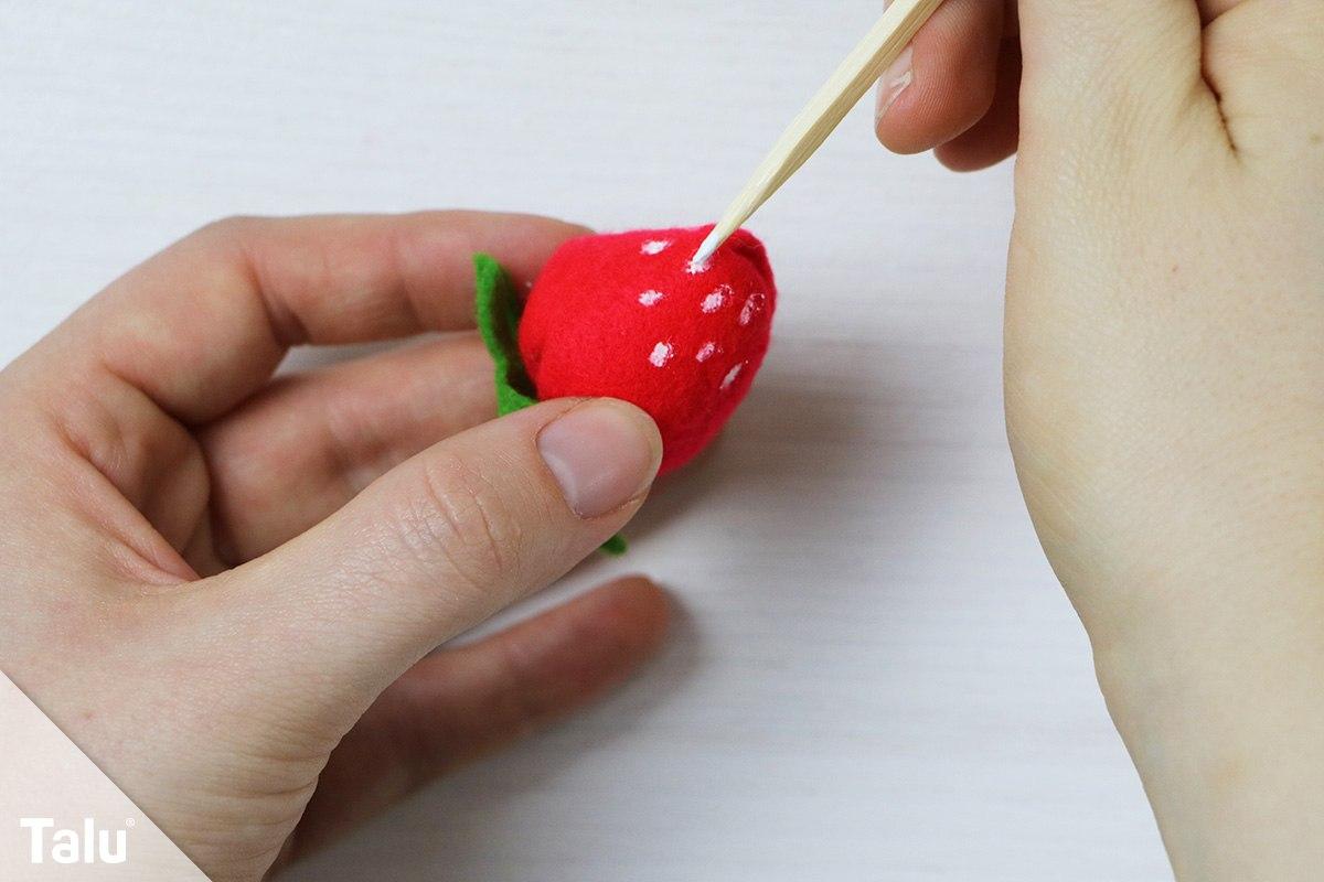 Erdbeere bemalen