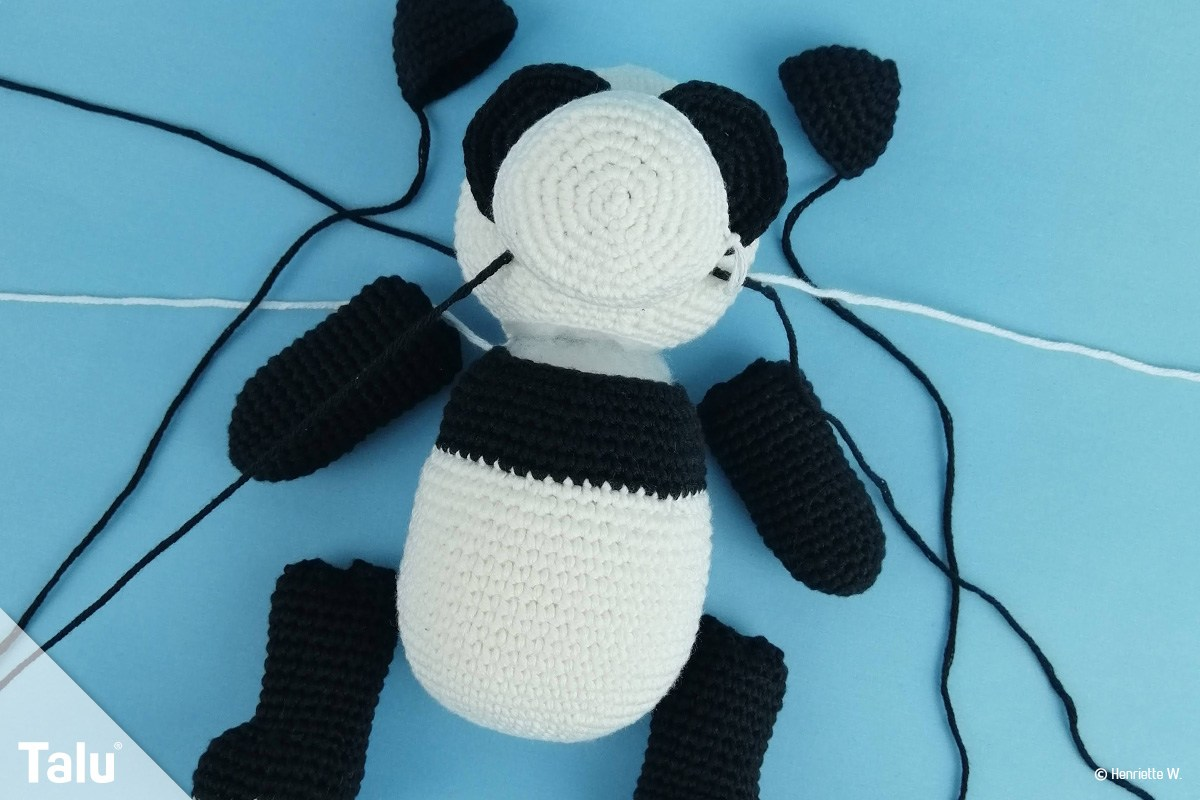 Amigurumi panda bear | crochet pattern for beginners | lilleliis | 800x1200