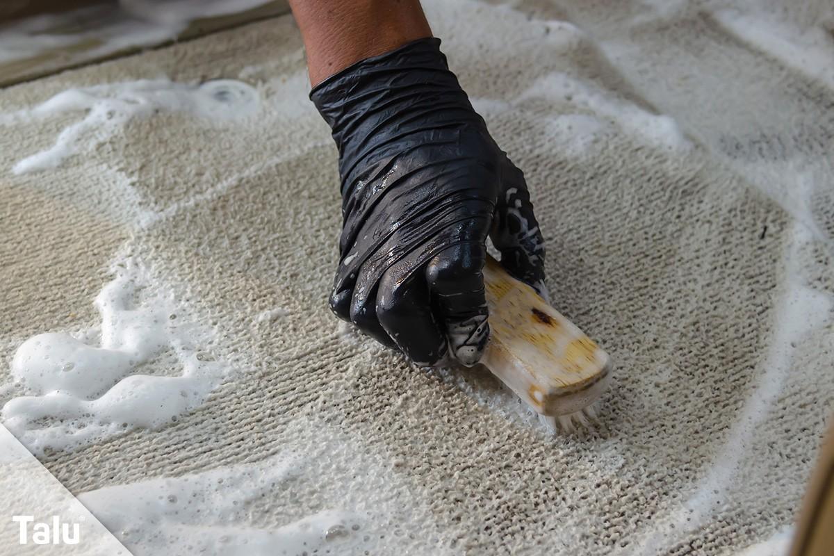 Gerüche Aus Teppich Entfernen