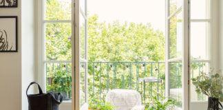 Balkontür von außen schließen